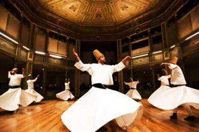 Tarian sufi yang khas dengan cara berputar-putar