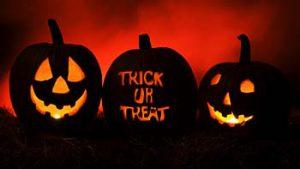 Hari Halloween dengan jargonnya, 'Trick or Treat'