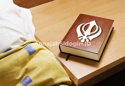 Kitab suci versi Syiah